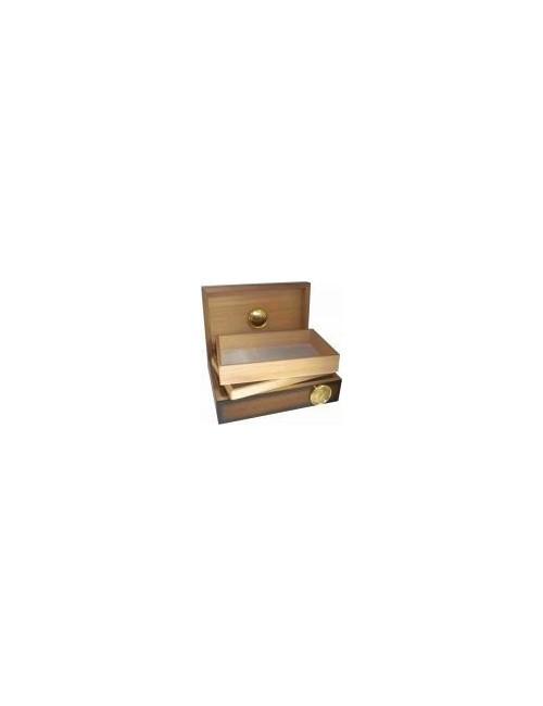 Caja de madera con higrómetro